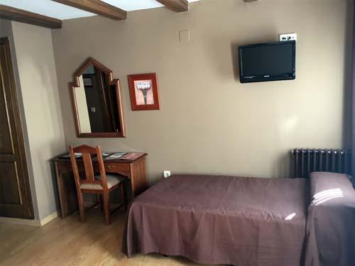 habitaciones triples hotel en sierra nevada 4