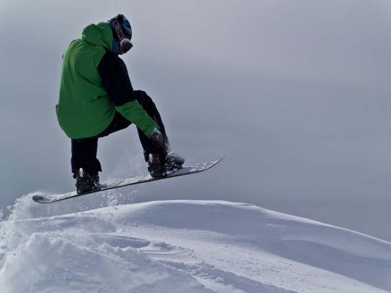 hotel alquier esqui en sierra nevada equipo snowboard