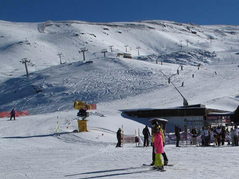 hotel para esquiadores en sierra nevada guarda psitas